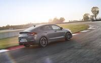 Přichází kladivo na Octavii RS. Famózní Hyundai i30 N útočí ve stylovém balení