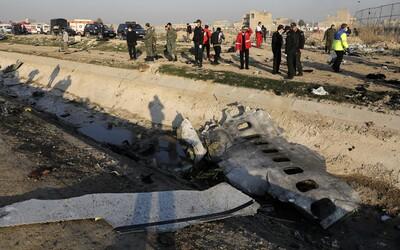 Příčina zřícení ukrajinského letadla je zatím nejistá, nelze prý vyloučit ani útok Íránu proti USA