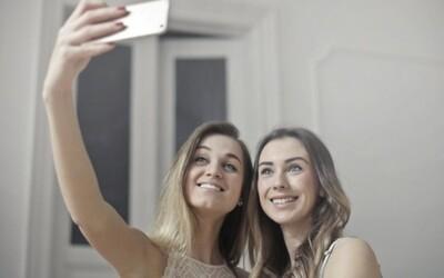 Pridávanie fotiek na Instagram ťa robí šťastnejším. Nová britská štúdia skúmala efekty zdieľania našich životov na sociálnych sieťach