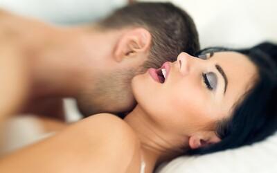 Priemerný Slovák má prvý sex až takmer v osemnástke, Česi o niečo skôr. Pozrite si zaujímavé porovnanie naprieč celým svetom