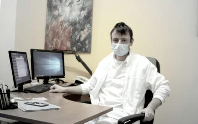 Primár kliniky, kde liečia COVID-19: Nemôžeme žiť v nepretržitom strachu, riziko vôbec nie je také veľké. Do leta sa nič nestane