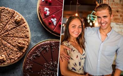 """""""Prinášame Vám to, čo by sme si sami priali,"""" tvrdí mladý podnikateľský pár, ktorého koláčiky ponúkajú mnohé bratislavské kaviarne"""