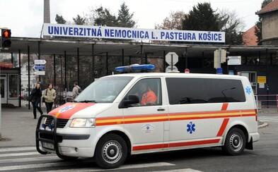 Privolanie výjazdového lekára pre choré dieťa vyšlo mamičku na 90 €. Za vysokou cenou stojí zákonná úprava
