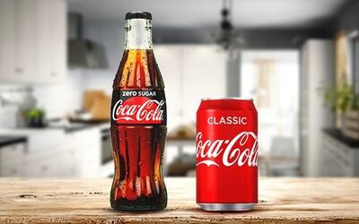 Proč chutná nápoj lépe z plechovky než z plastové láhve? Recept je stejný, ale chuť odlišná
