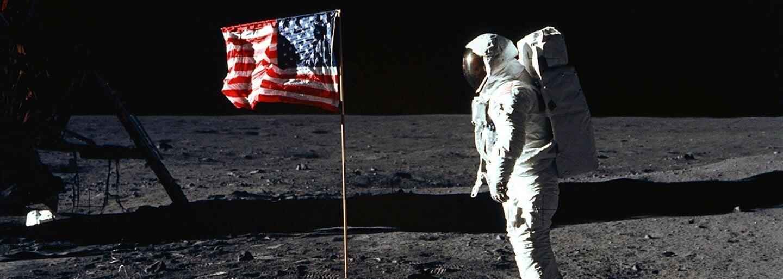 Profesionální astronauti, kteří věřili na mimozemšťany. Svému přesvědčení zůstali věrní až do konce života