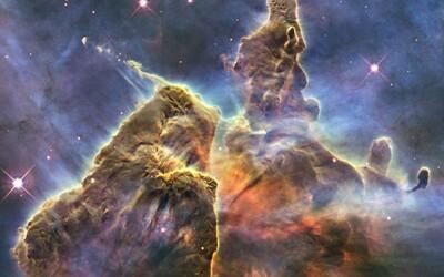 Prohlédni si fotku, kterou udělal Hubbleův teleskop na tvé narozeniny. NASA zpřístupnila vyhledávání u příležitosti 30. výročí