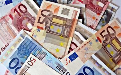 Proti zavedení eura je 75 procent Čechů, ukazuje nový průzkum