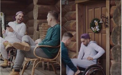 Prvá tohtoročná vianočná reklama je vonku. Podarí sa Bekimovi rozbiť dvere vozíčkom?