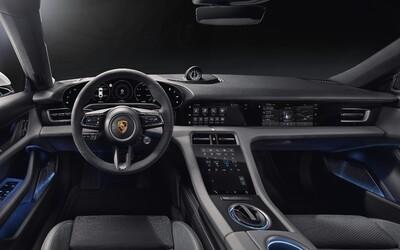 Prvé elektrické Porsche odhaľuje revolučný kokpit, ktorý má až 4 obrovské displeje