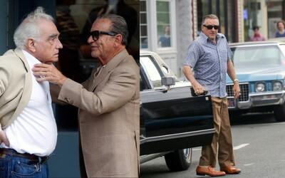 Prvé fotky z natáčania mafiánskej krimi The Irishman na čele s Martinom Scorsesem, Robertom De Nirom, Joeom Pescim a Al Pacinom