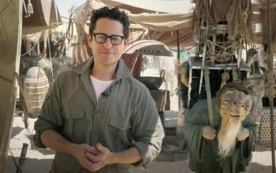 Prvé fotky z natáčania Star Wars VII z Abú Zabí