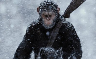 Prvé reakcie kritikov na epickú Vojnu o planétu opíc prehovorili jasne. Prekoná tretí diel oba predošlé a bude v lete vládnuť kinám?