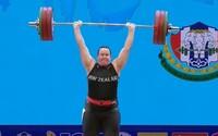 První transgender vzpěračka na olympiádě? Je to špatný vtip, tvrdí její soupeřka