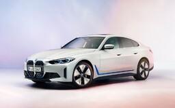 Prvý pohľad na elektrické BMW i4 potvrdzuje vertikálnu masku a informuje o dojazde 590 kilometrov