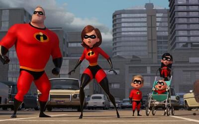 Prvý trailer pre Rodinku úžasných 2 je konečne tu! Z pána Úžasňáka sa v ňom stáva otecko na materskej a Elastička zachraňuje svet