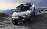 Prvý vyrobený Hummer novej generácie sa predal za neuveriteľných 2,5 milióna dolárov