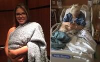 Psa zavinula do deky a tvrdila, že ide o dieťa. Personál nemocnice zviera za zranenou babičkou nechcel pustiť, Shelby sa tak musela vynájsť