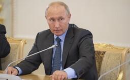 Putin udělil agentům za útok ve Vrběticích řád Hrdiny Ruska, myslí si investigativní novinář Bellingcatu
