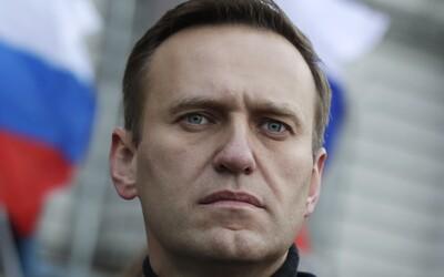 Putinova kritika a lídra opozice údajně otrávili. Jeho stav je vážný, tvrdí mluvčí nemocnice