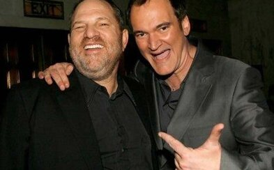 Quentin Tarantino si sype popol na hlavu. O Weinsteinovej zvrhlosti vedel a napriek tomu nezakročil