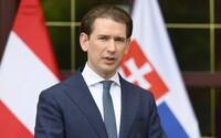 Rakouského kancléře vyšetřuje policie. Čelí podezření z úplatkářství