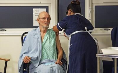Rakousko stáhlo šarži vakcíny AstraZeneca po úmrtí zdravotní sestry. Očkovat s ní budou už i lidi nad 65 let