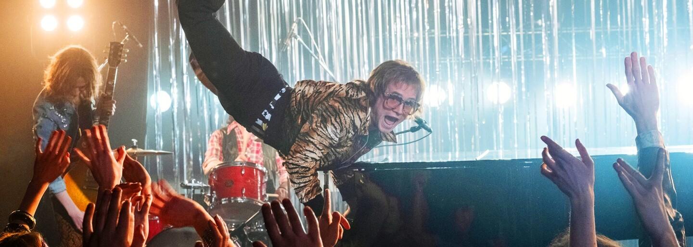 Rami Malek alias Freddie Mercury sa mal objaviť v Rocketmanovi po boku Eltona Johna. Prečo sa tak nestalo?