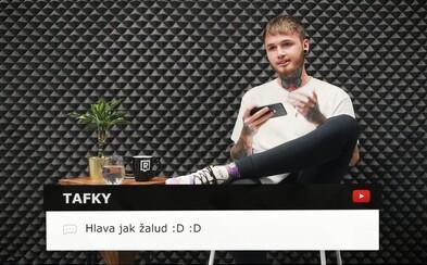 Raper EARTH čte komentáře pod svými videi na YouTube. Bere LSD? (Interhejty)