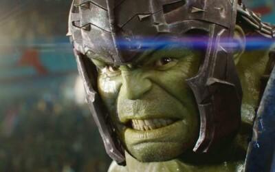 Recenzia: Thor: Ragnarok je štýlovým dobrodružstvom a doteraz najzábavnejšou marvelovkou s úžasnými postavami