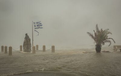 Řecko zasáhla bouře silná jako hurikán. Nejvíce postihla známé ostrovy Zakynthos či Kefalonia