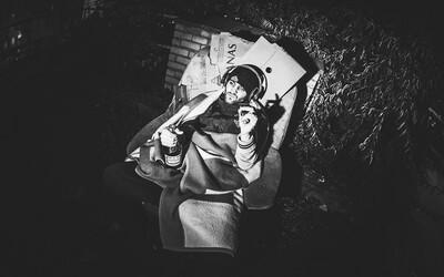 Refew predstavuje prvú ochutnávku z albumu, ktorý uzrie svetlo sveta už čoskoro