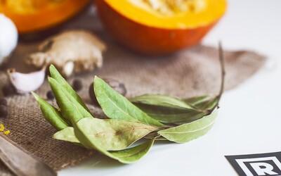 Refresher recept: Hokkaido polievka so zázvorom, kokosovým mliekom a pomarančovou šťavou