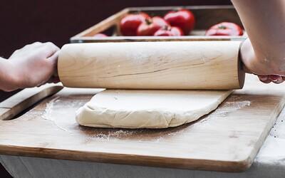 Refresher recept: Lístkové cesto s ricotta syrom, paradajkami a rozmarínom
