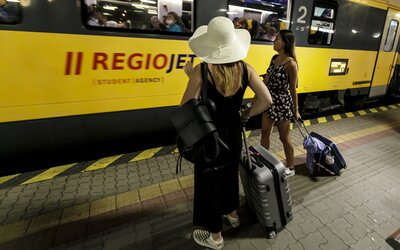 RegioJet přerušil prodej jízdenek do Slovinska kvůli novým opatřením proti koronaviru. Do Chorvatska se cestující dostanou