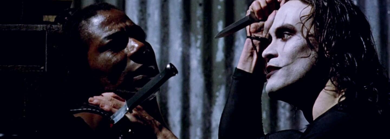 Remake kultovej Vrany opäť stráca režiséra aj hlavného herca. Jason Momoa fantasy thriller nenatočí a my už neveríme, že niekedy vznikne