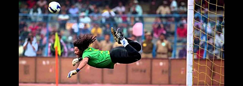 René Higuita si po dvadsiatich rokoch opäť zaspomínal na svoj legendárny scorpion kick