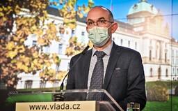 Reprodukční číslo R kleslo v Česku na hodnotu 1