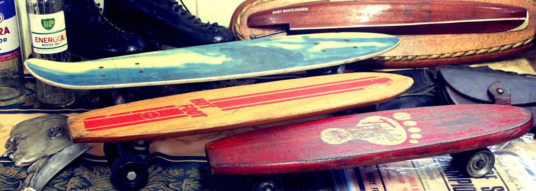 Retro video plné nostalgie představuje počátky skateboardingu v Československu. Podívejte se, jak se u nás začínalo jezdit na prkně