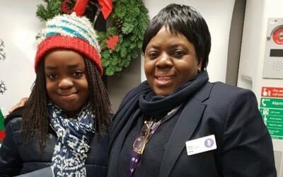 Revizorka v londýnském metru zemřela poté, co na ni plivl muž s koronavirem