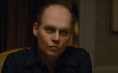 Rezervoval si Johnny Depp díky gangsterskému dramatu Black Mass Oscara? (Recenze)