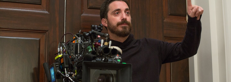 Režisér Jackie plánuje s Tomom Hardym sfilmovať skutočný príbeh moslimského imigranta, ktorý len o vlások unikol rasovo motivovanej vražde