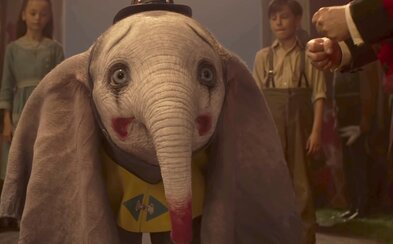 Režisér Tim Burton sa ani s Dumbom nevrátil na vrchol. Jeho rozprávka dospelým nemá čo ponúknuť a neohúri ani deti (Recenzia)