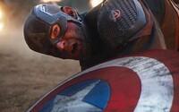 Režiséri a scenáristi Avengers: Endgame sa nevedia zhodnúť na tom, čo sa stalo s Capom na konci filmu
