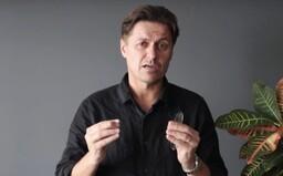Riaditeľ slovenskej cestovnej kancelárie šíri strach z koronavírusu, aby zarobil