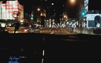 Řidič v New Yorku projel 240 zelených semaforů za sebou