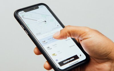 Řidiči Uberu v Americe ročně znásilní více než 230 zákazníků