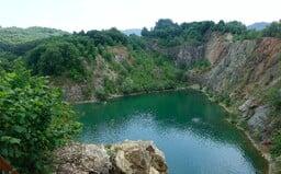 Rieky, jazerá, vodná priehrada či kameňolom. Kde všade sa môžeš na Slovensku schladiť v krásnom prostredí?