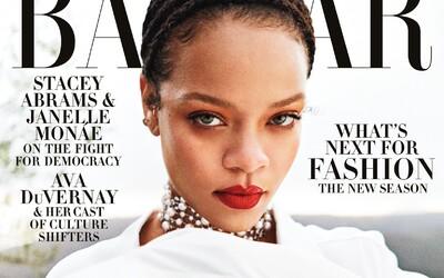 Rihanna tě bez mejkapu volá k sobě do postele. Ve videu ukazuje, jak se připravuje na spánek