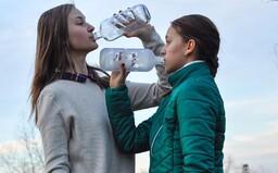 Říkají jim české Grety. Anička a Eliška bojují za ochranu životního prostředí