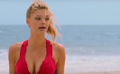 R-kový Baywatch sa po krátkej prestávke pripomína ďalším videom. To sa nesie v znamení tesných plaviek priliehajúcich ku krásnym ženským krivkám